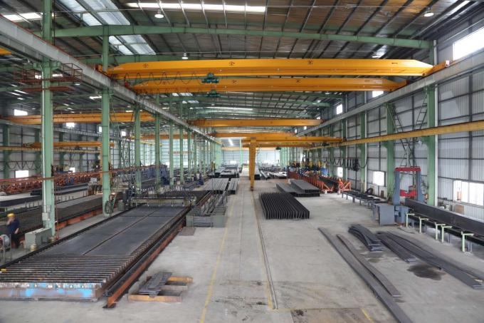 H Shape Beam & Column Prefabraicted Garage Steel Frame For Office / Industrial Building