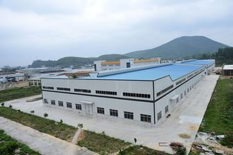 China Prefabricated Steel Structure Building For Big Workshops And Warehouses supplier