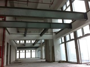 China ASTM  Standard Workshop Steel Structure 2000㎡  With Overhead Cranes supplier