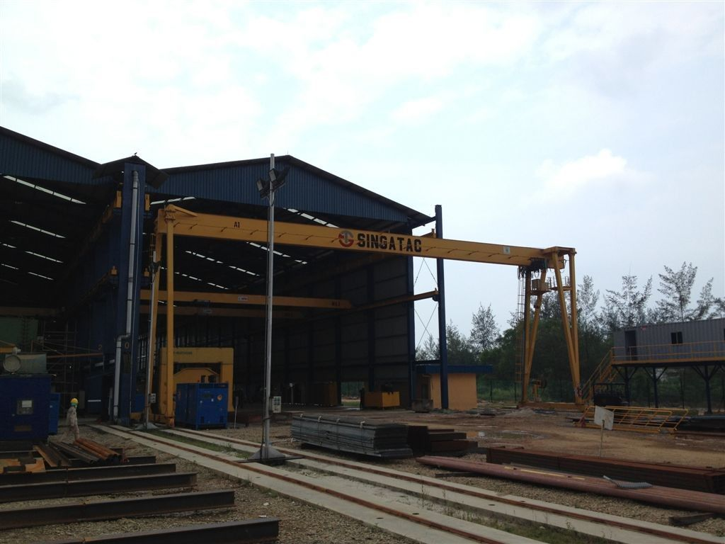 Prefabricated Light Steel Structure Residential Steel Buildings For Factory