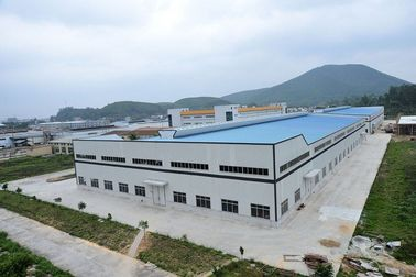 China Prefabricated Steel Structure Building For Big Workshops And Warehouses factory