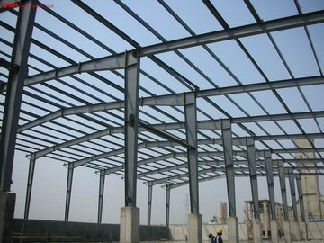China Commercial Construction Steel Frame Buildings Fabricated By Q345B With Painting distributor
