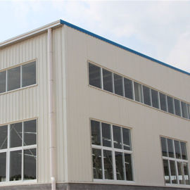 China Customized Size Poultry Farm House With Steel Tiles Shot Blasting And Painting factory